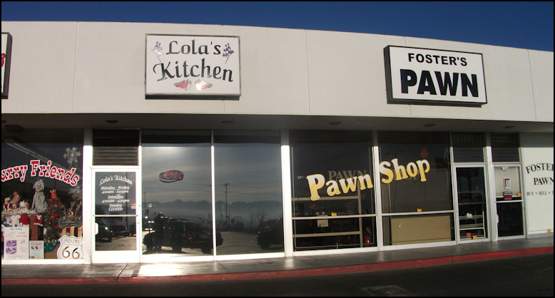 Review of Lola\'s Kitchen, in Barstow, California
